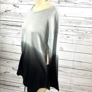 Two by Vince Camuto Gray Ombré  sweater